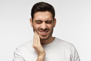 How to Handle Common Dental Emergencies - Canatella Dental